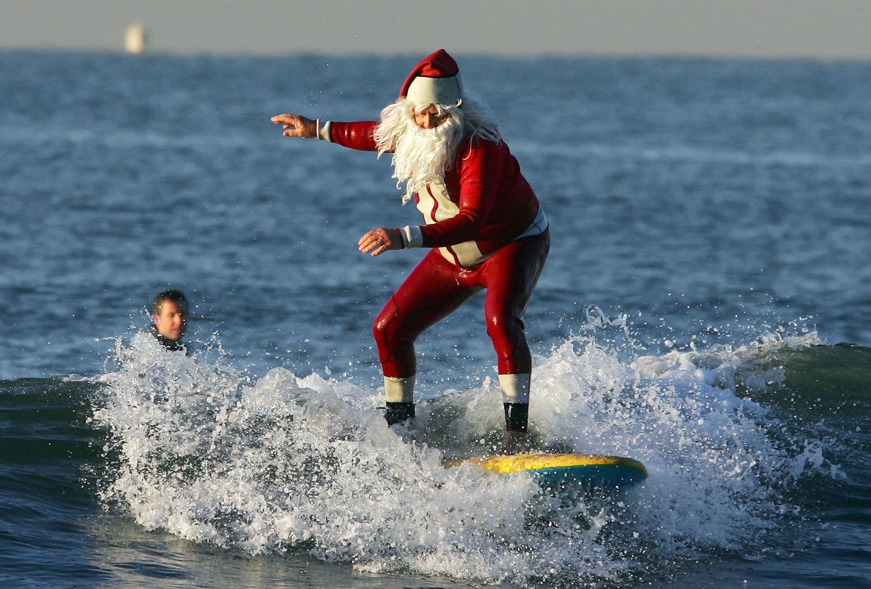 Santa Hits the waves mod